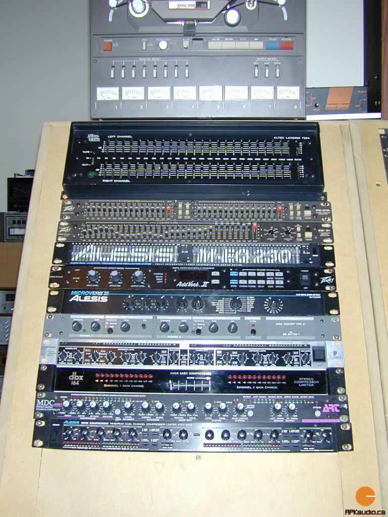 HVR 2003 105