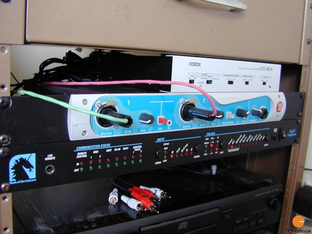 HVR 2003 114