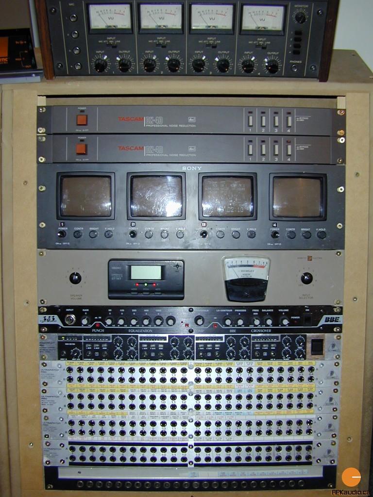 HVR 2003 119