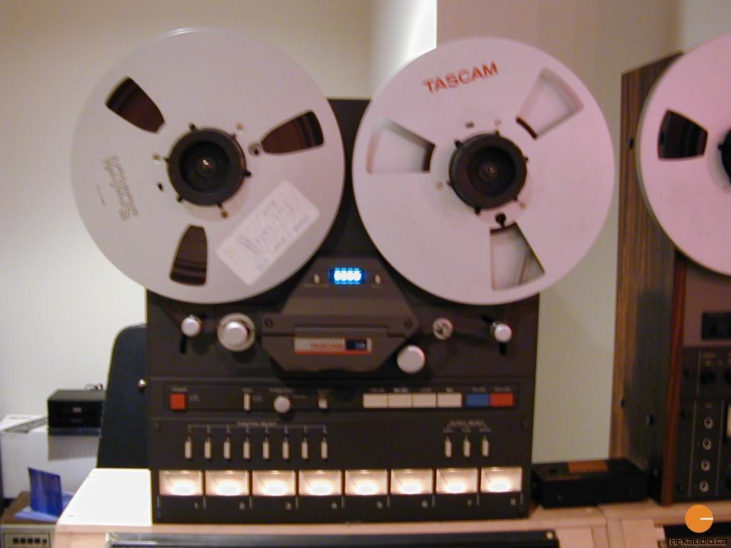 HVR 2003 128