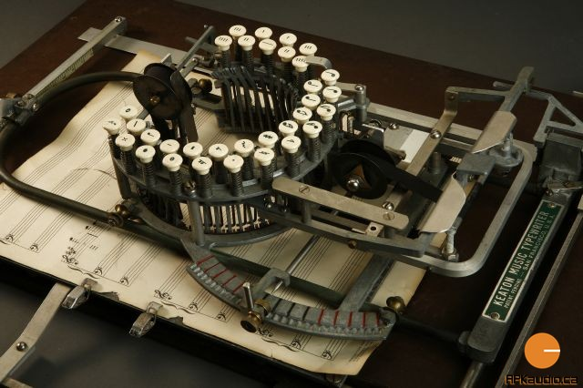 Keaton_Music_Typewriter